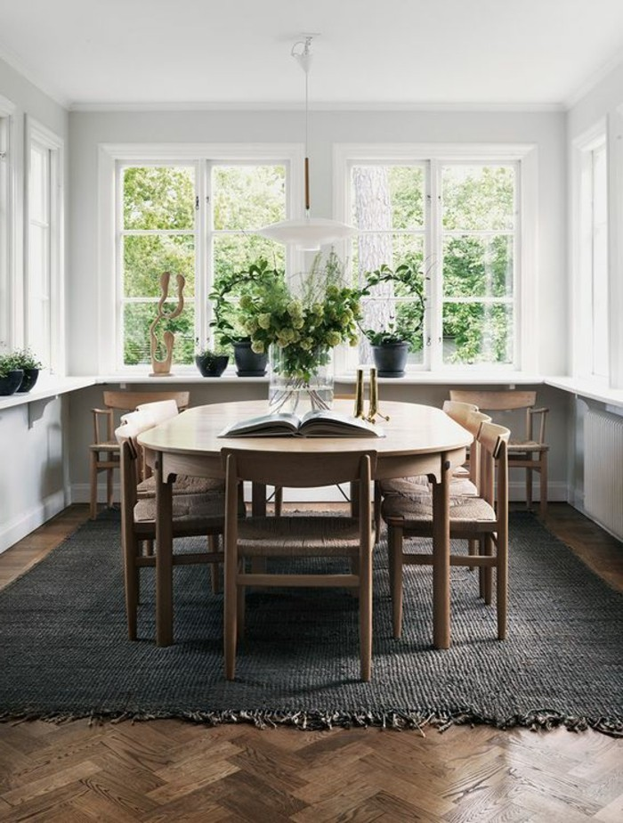 Grande table salle a manger maison design for Grande table a manger