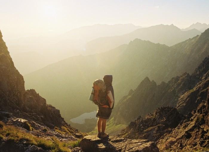 partir-seule-en-vacances-voyage-solo-pas-cher