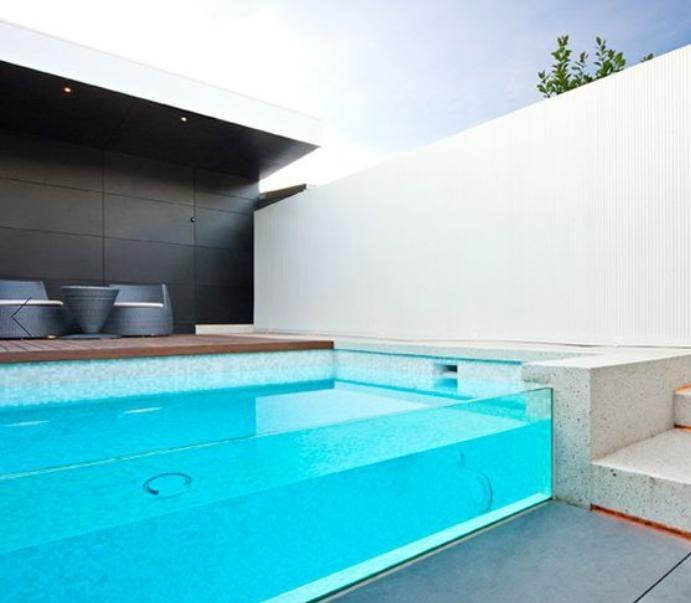 piscine-en-verre-construire-une-piscine-insolite