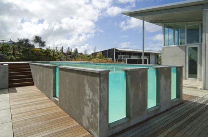 La piscine en verre en 43 photos for Cash piscine verre filtrant