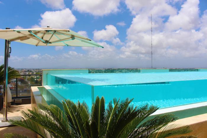 piscine-en-verre-piscine-design-épuré