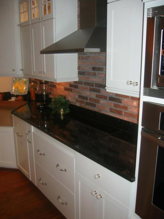 plaque-granit-granit-noir