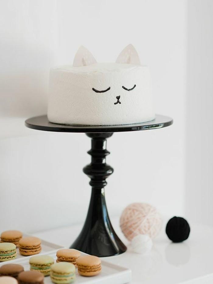 quel-gateau-d-anniversaire-garcon-décor-cake-marshmellow-chaton