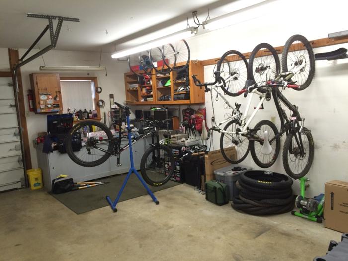 Un rangement vélo ? Nous allons vous aider! 75 idées