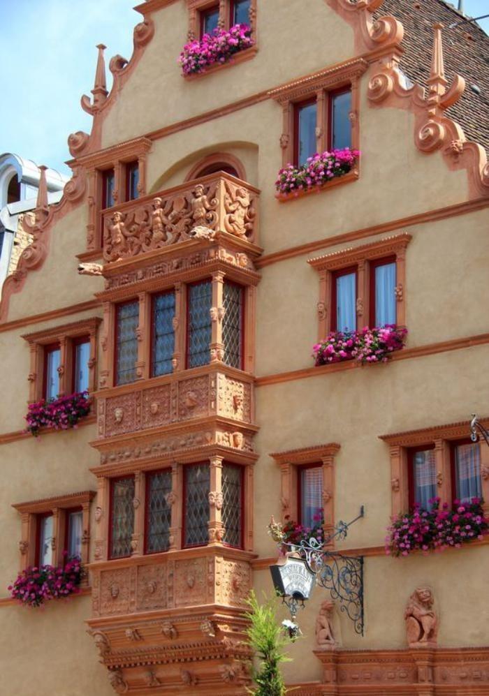 route-des-vins-d'Alsace-architecture-médiévale-et-paysages-naturels