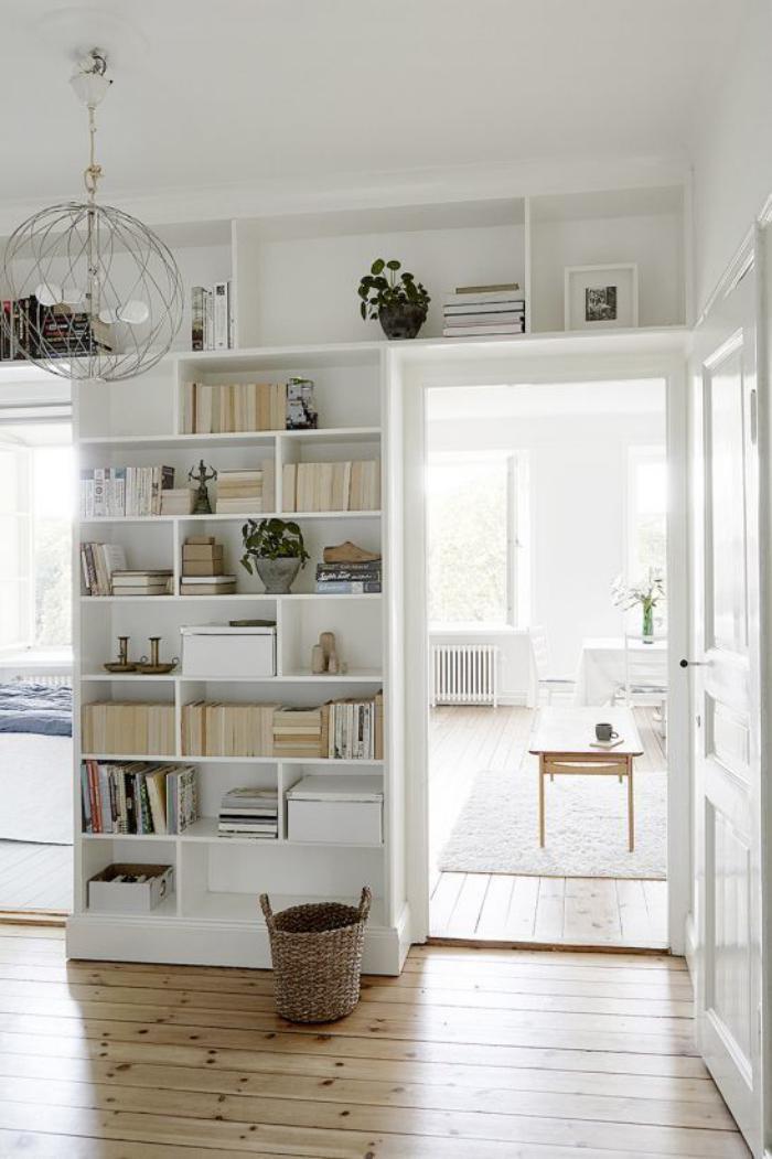 séparation-de-pièce-bibliothèque-murale-blanche