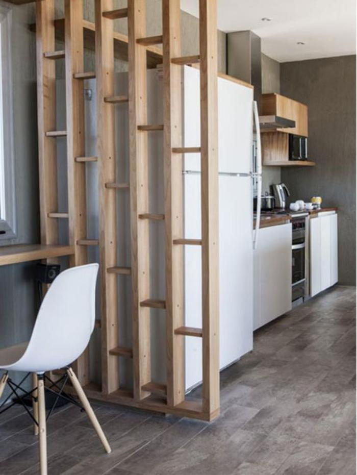 Deco Hippie Chambre : séparation-de-pièce-en-bois-cloison-pour-séparer-les-pièces