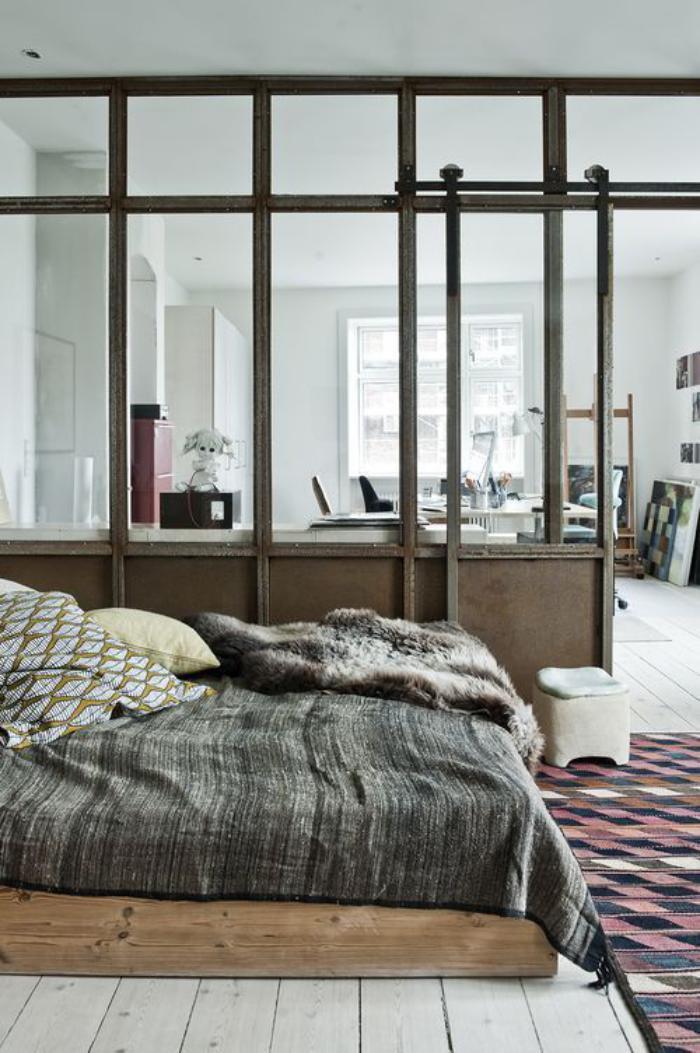 séparation-de-pièce-porte-coulissante-vitrée-style-vintage