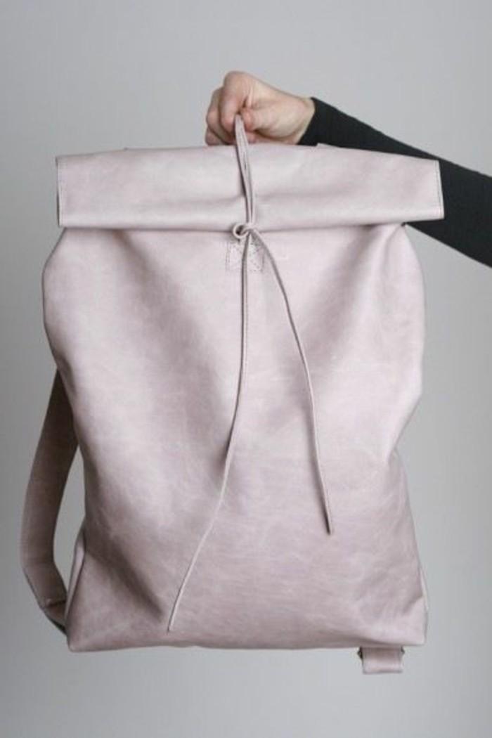 sac-à-dos-femme-cuir-rose-pale-les-dernieres-tendances-de-la-mode-sac-à-dos-pas-cher-en-cuir-rose