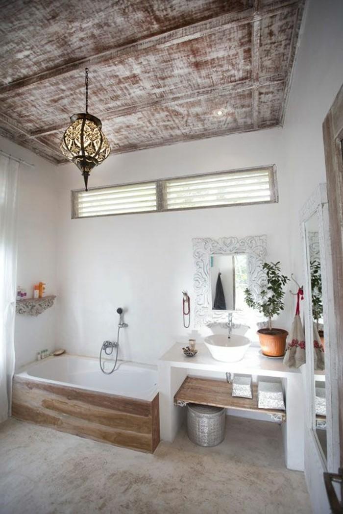 salle-de-bain-rustique-deco-zen-en-bambou-mur-blanc-sol-en-beton-ciré-lustre-design