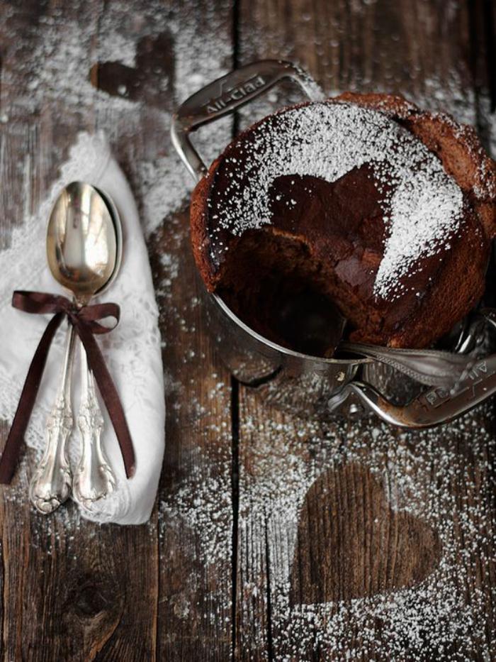 soufflé-au-chocolat-faire-un-dessert-délicieux