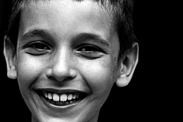 sourire-triste-jolie-sourire