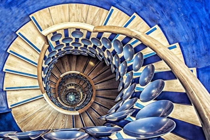 suite-de-Fibonacci-en-bleu-et-bois-resized