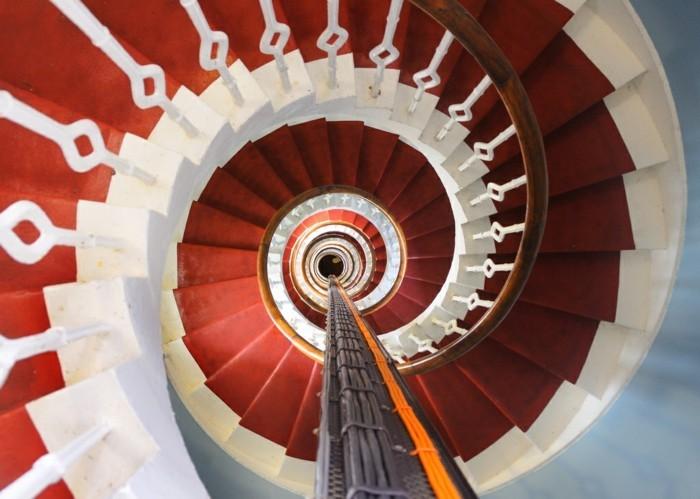 suite-de-Fibonacci-en-rouge-et-blanc-resized