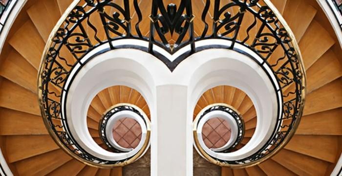 suite-de-Fibonacci-escaliers-en-parfaite-symetrie-resized