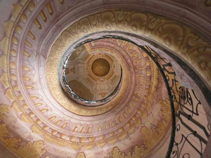 suite-de-Fibonacci-sur-le-plafond-gothique-art-resized