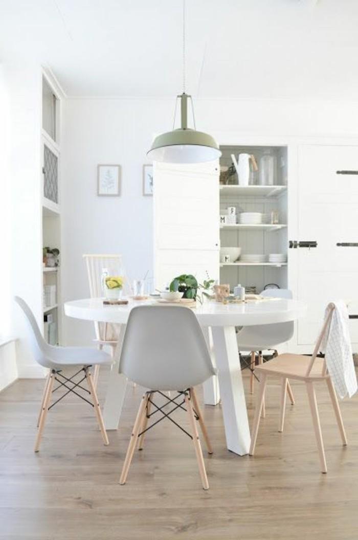 table-a-manger-pas-cher-sol-en-parquet-clair-lustre-design-chic-sol-parquet-clair