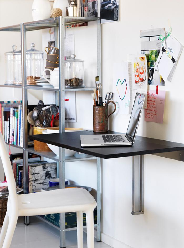 with table et chaise gain de place. Black Bedroom Furniture Sets. Home Design Ideas