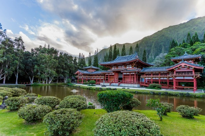 temple-bouddhiste-Byodo-In-Temple-Hawaii-resized