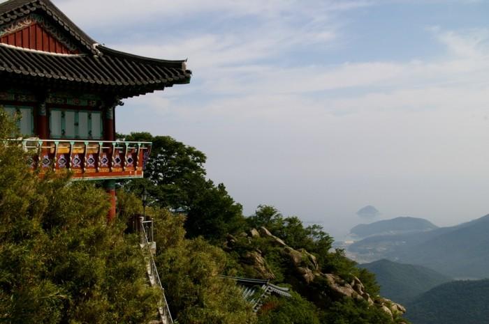 temple-bouddhiste-Corea-du-Sud-resized