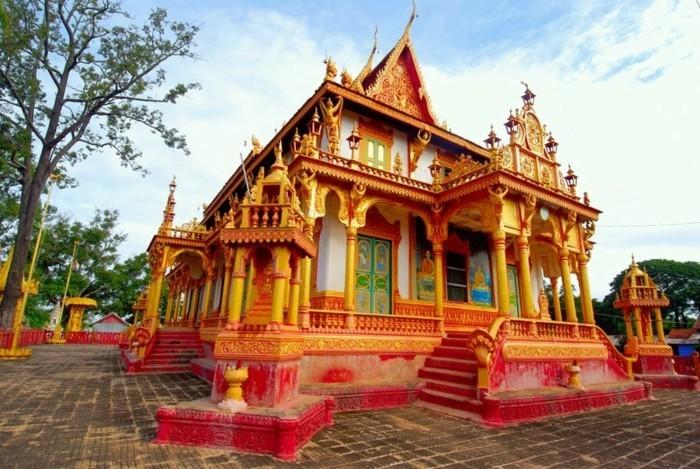 temple-bouddhiste-Jamekea-Lee-resized