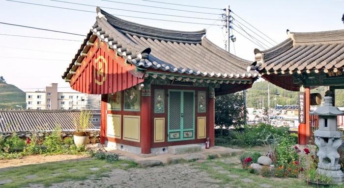 temple-bouddhiste-Pogyodang-resized
