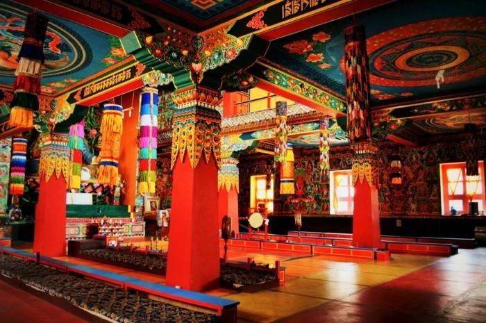 Temple Bouddhiste Centre De Sagesse Et De Paix Interieure