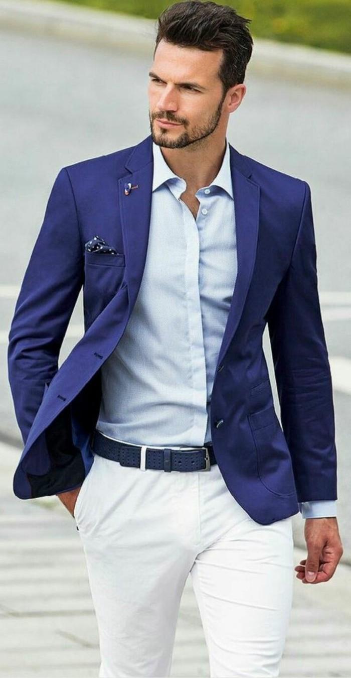 élégante-tenue-invité-mariage-costume-homme-moderne-en-bleu-et-blanc