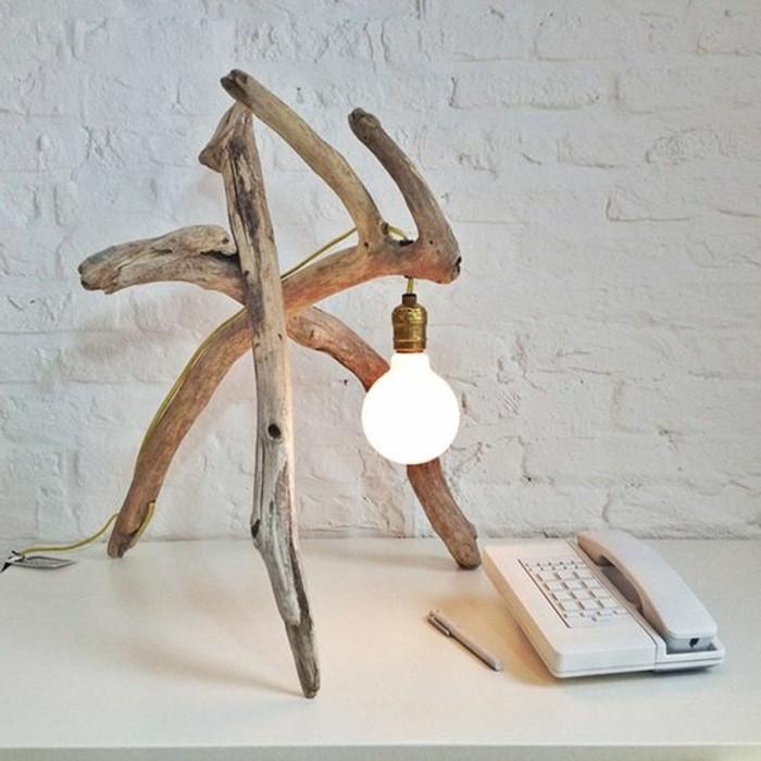 0-lampe-originale-en-bois-brut-naturel-lampe-de-bureau-en-bois-clair-idees-design