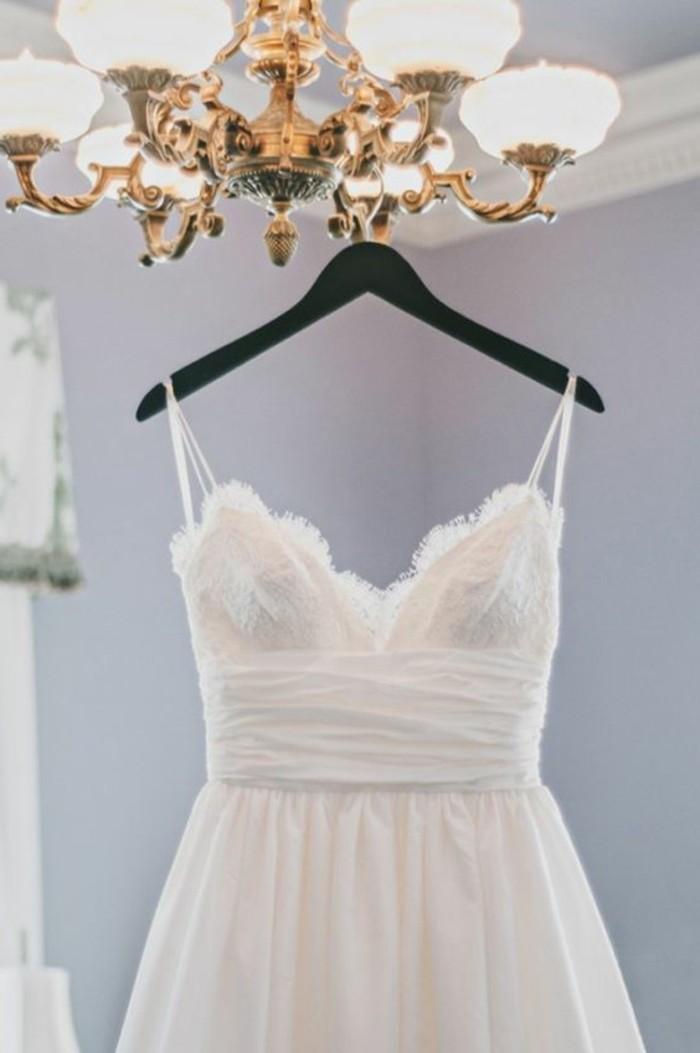 0-robe-de-mariée-civile-blanche-robe-mariage-civil-hiver-idees-modeles-discount