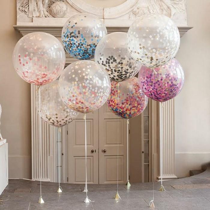 08-decoration avec des ballons devant la porte