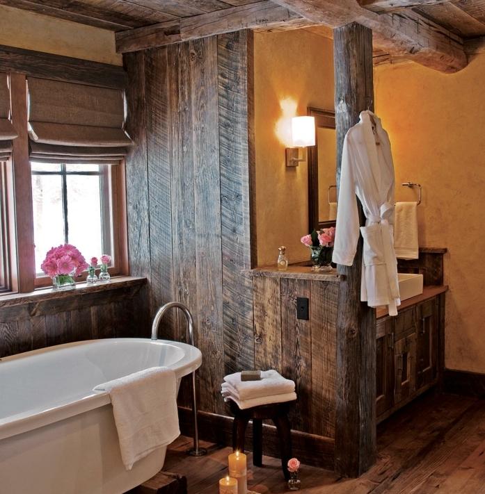 déco-salle-de-bain-en-bois-style-rustique-baignoire-à-poser