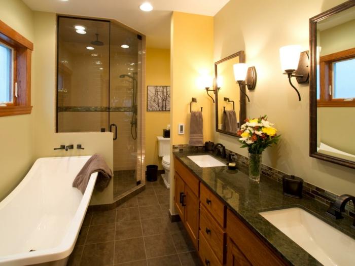magnifique-déco-salle-de-bain-double-vasque-meuble-salle-de-bain-en-bois-deux-grands-miroirs-rectangulaires-cabine-de-douche-baignoire-à-poser-blanche