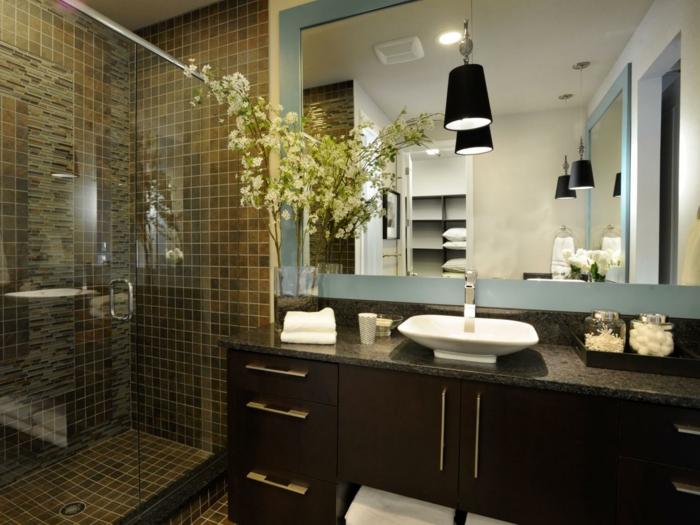 modele-salle-de-bain-grand-meuble-salle-de-bain-en-bois-marron-vasque-à-poser-cabine-de-douche-en-mosaique