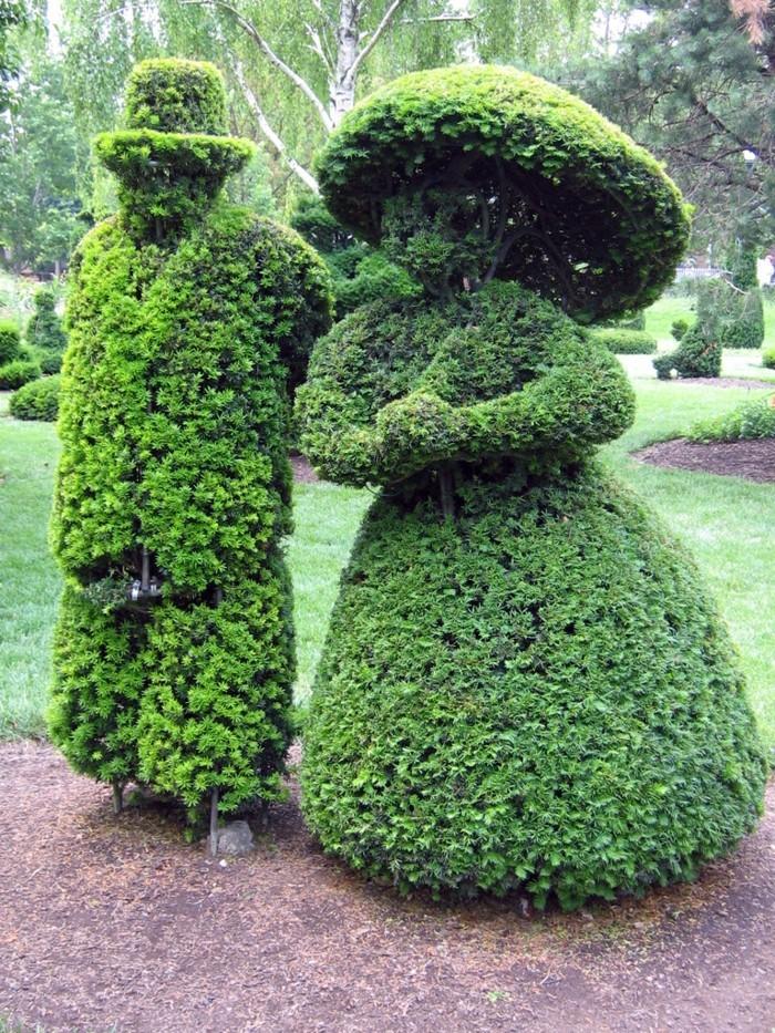 100-Statue de jardin - deux figures humaines