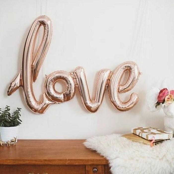 13-anniversaire ballon avec le mot Amour