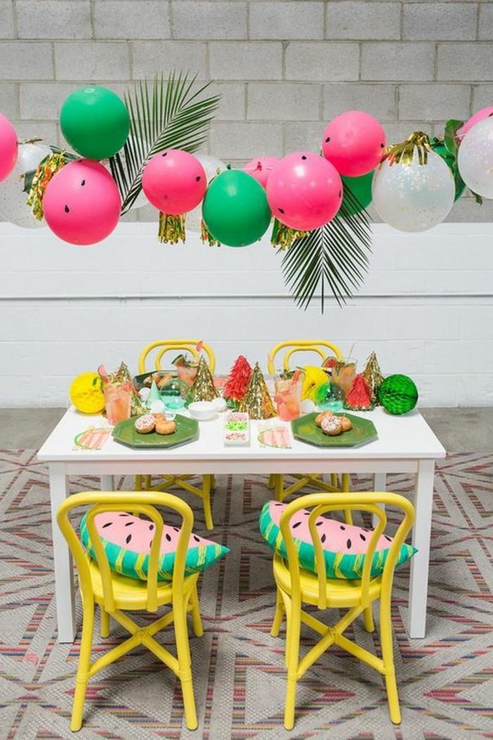 22-guirlande de ballons en rose, en blanc et en vert
