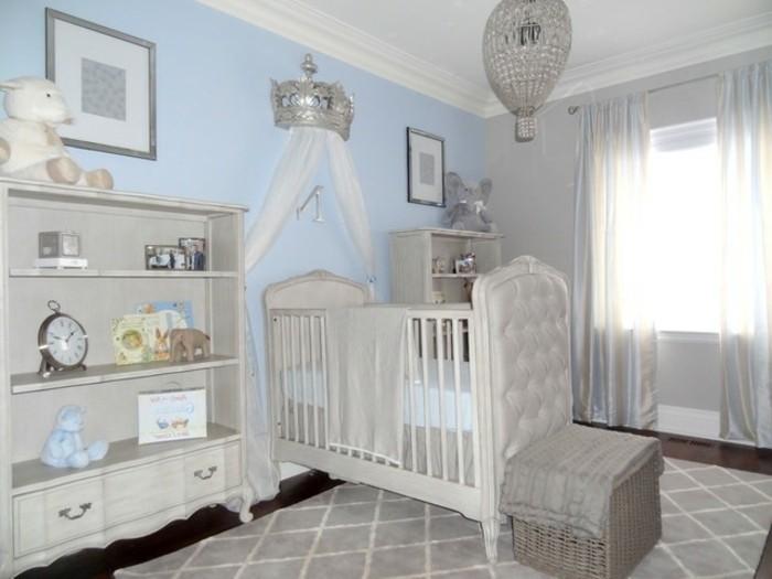 28chambre-bébé-style-traditionnel-étagères-jouets