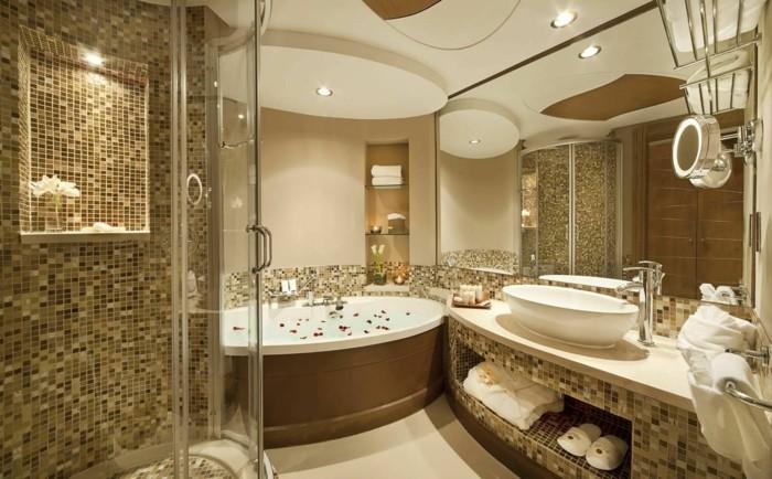 modele salle de bain avec mosaque couleur beige - Salle De Bain De Luxe Cabine Au Coin