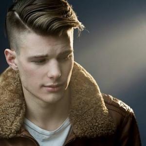 La coupe de cheveux banane - 52 variantes en photos pour les hommes modernes!