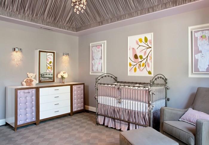 31admirable-chambre-bébé-violet-lit-à-barreaux-commode-jolies-photos-miroir