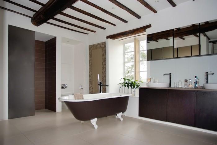 Salle de bain italienne plus de 60 propositions en photos - Salle de bain blanche et marron ...