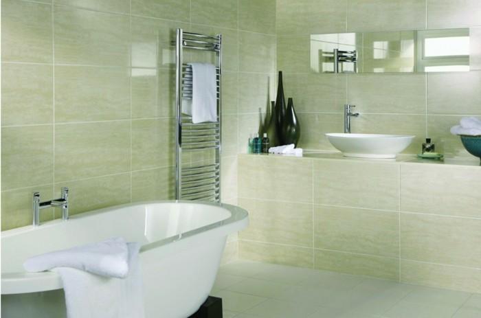 déco-salle-de-bain-zen-idée-carrelage-salle-de-bain-en-vert-vasque-à-poser-baignoire-blanche-à-poser
