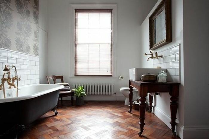 déco-salle-de-bain-exquise-parquet-salle-de-bain-lavabo-console-salle-de-bain-vintage-robinetterie-vintage