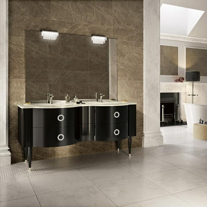 51-Salle de bain italienne en blanc grisatre, noir et marron
