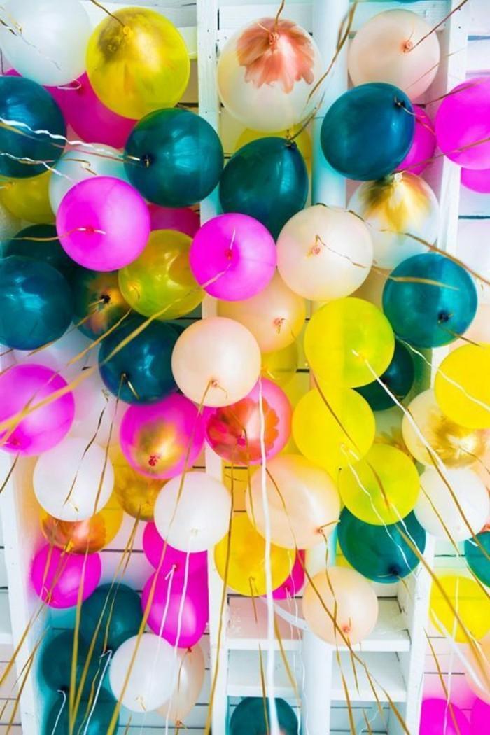 53-ballons pour anniversaire multitude