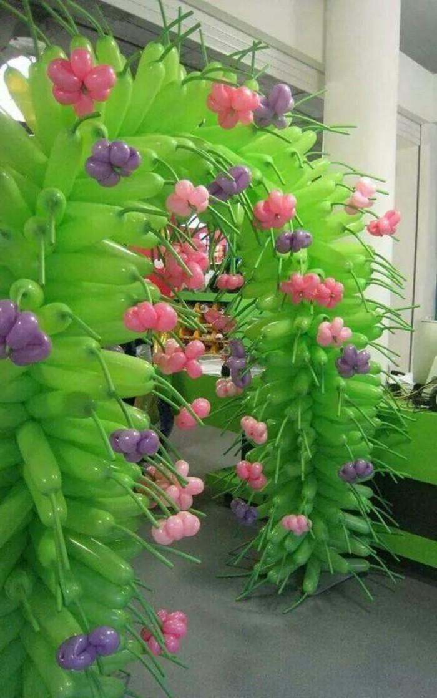 54-ballons pour un anniversaire un arc en vert