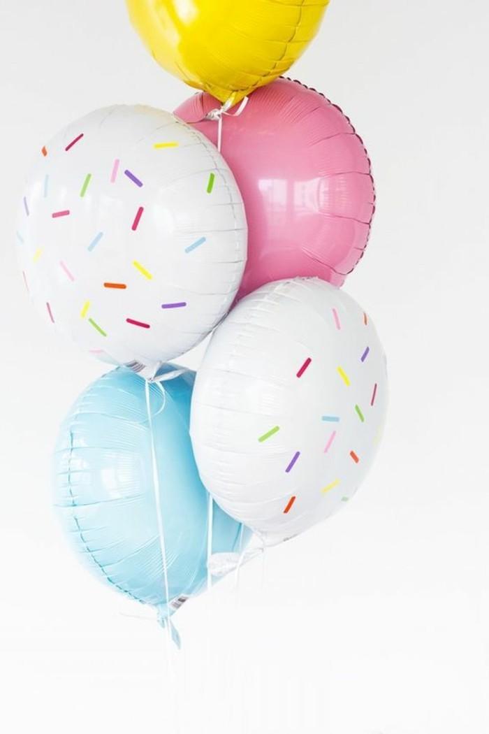 58 - Bouquet de ballons multicolores