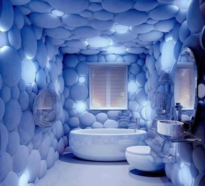 originale-déco-salle-de-bain-idée-déco-papier-peint-extraordinaire-papier-peint-imitant-des-bulles-baignoire-blanche