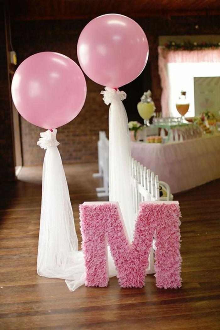 60-decoration ballons avec la lettre M